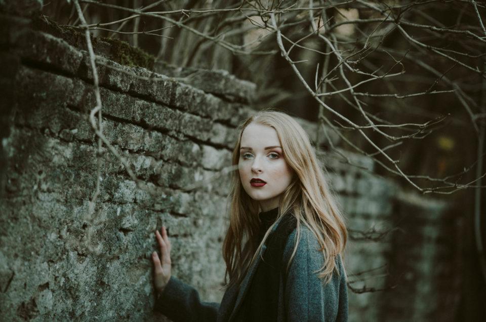 Ewelina w plenerze jesiennym